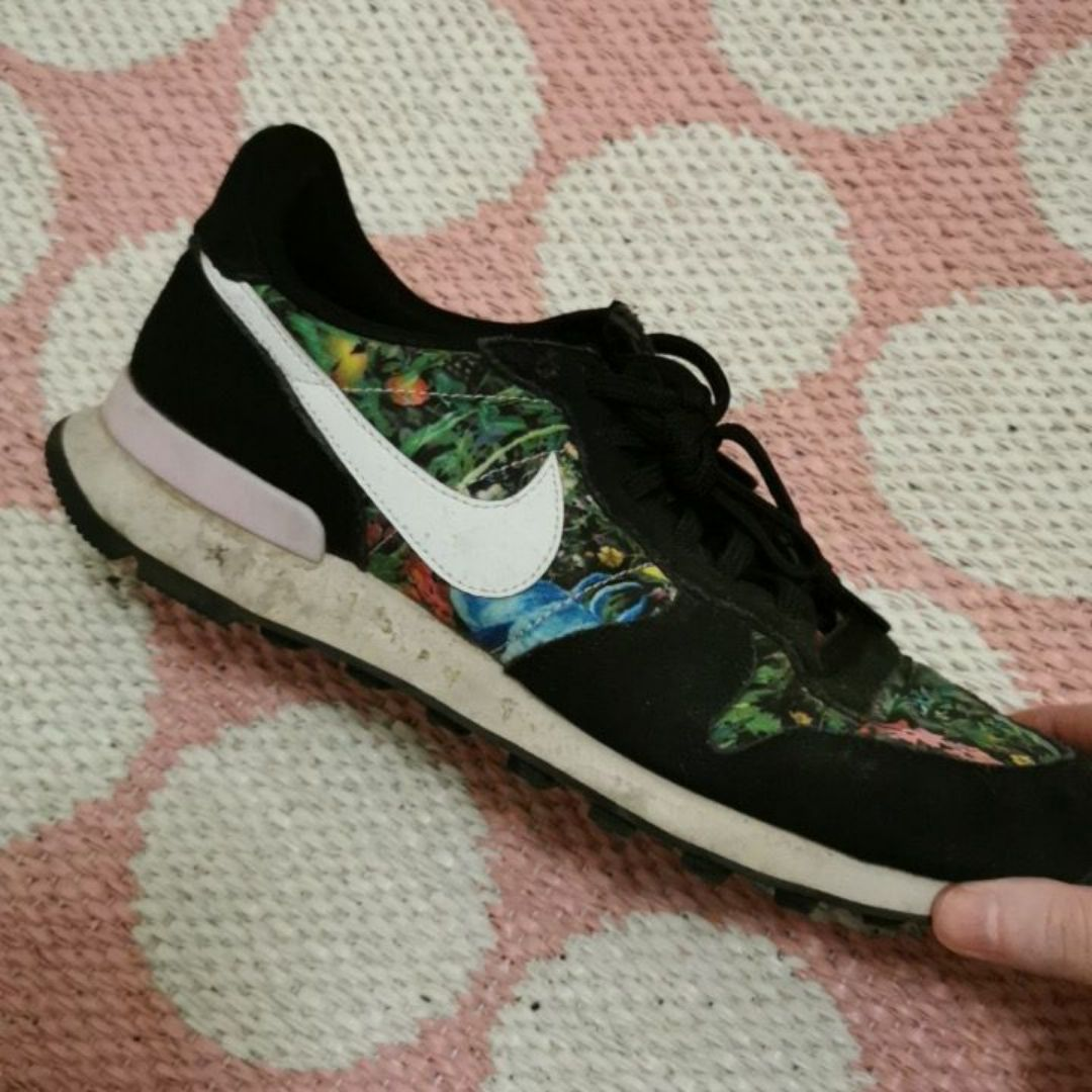 Blomstrete nike sko